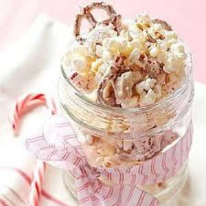 Blog_candy_cane_snack_mix